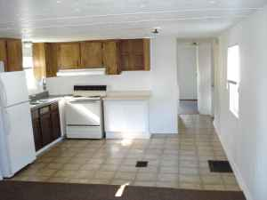helen street is a 2 bedroom 15 bath mobile home that is currently being rented at 495
